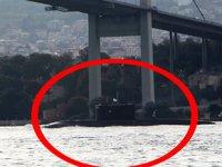 Rus denizaltısı, İstanbul Boğazı'ndan geçti