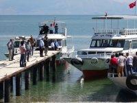 Van Gölü'ndeki tekne faciası davası ertelendi