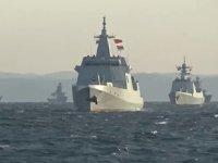 Çin ve Rusya'ya ait savaş gemileri, Tsugaru Boğazı'ndan geçti