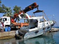 Datça'da fırtınada batan tekne, günler sonra çıkarıldı