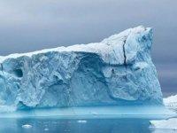 Arktik Deniz Buzu, son 40 yılda yüzde 50 oranında eridi