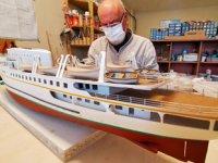 Ahmet Cengiz Dumlupınar, gemi modelciliğini yeni mesleği haline getirdi