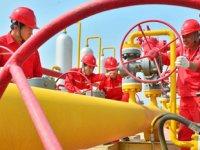 Çin, rafinerilerde petrol ithalat kotalarını artırdı