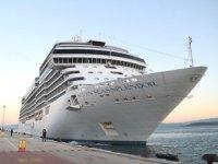 Seven Seas Splendor gemisi, Kuşadası'na geldi