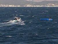Yunanistan'da göçmenleri taşıyan tekne battı: 4 ölü