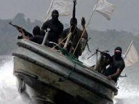 Korsanlar Malacca Boğaz'nda iki gemiye saldırdı