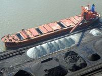 Gemideki kömür tozundan zehirlenen 3 liman işçisi, hayatını kaybetti