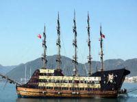 Korsan gemisi Barbosa, Marmaris'te turist avına çıkacak