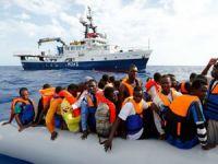 AB'den kaçak göçmenler için Yunanistan'a destek