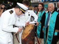 Turgut Kıran Denizcilik Yüksekokulu'nda 2. mezuniyet heyecanı