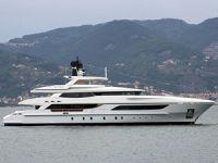 'Cannes Yachting Festival'in' en büyük yatları