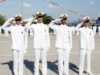 İTÜ Denizcilik Fakültesi'nde mezuniyet heyecanı