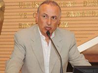 Metin Kalkavan: Hiç bir ülkede bu kadar kolay kanun, düzenleme yapılmaz
