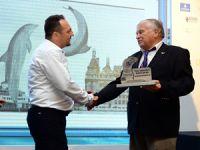 """Gökhan Karakaş'a """"Denizle Dost"""" Ödülü"""