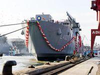 Dünyanın en büyük amfibi gemisi TCG Bayraktar'ın ikizi TCG Sancaktar denize indiriliyor