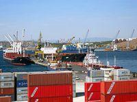 Aliağa limanlarına 8 ayda 3 bin 229 gemi yanaştı