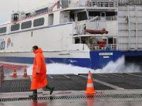 Marmara ve Çanakkale'de deniz ulaşımına lodos engeli