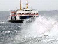 Marmara ve Kuzey Ege'de deniz ulaşımına fırtına engeli