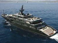 Ünlü modacıların muhteşem tekneleri göz kamaştırıyor
