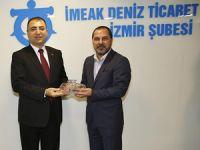 İzmir Valisi Mustafa Toprak, İMEAK Deniz Ticaret Odası İzmir şubesine ziyaret etti