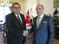 Recep Canpolat, Londra Büyükelçisi Abdurrahman Bilgiç'i makamında ziyaret etti