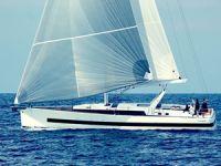 Beneteau'nun amiral gemisi: Oceanis Yacht 62