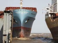 Maersk Line sekiz panamax konteyner gemisini hurdaya veriyor