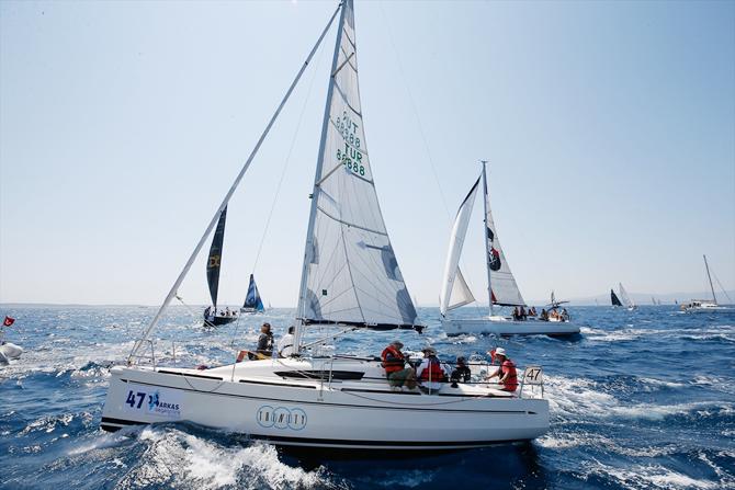 arkas-aegean-link-regatta-cesmede-basladi_5.jpg