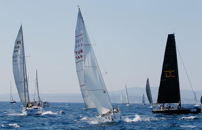 arkas-aegean-link-regatta-cesmede-basladi_7.jpg