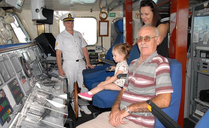 askeri_gemiler_7.jpg
