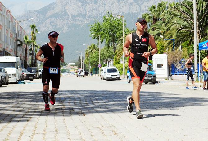 carraro-kemer-triatlon-yarislari-yapildi_3.jpg