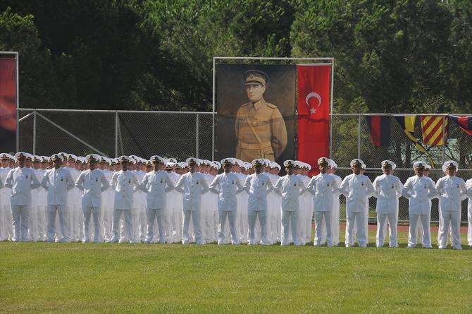 deniz-kuvvetleri-dunya-denizlerinde-de-soz-sahibi_1.jpg