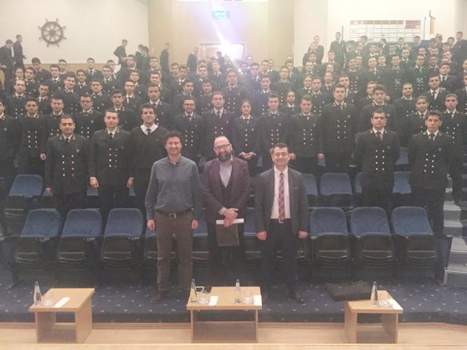 dokuz-eylul-universitesi-denizcilik-fakultesi-22.-kis-kariyer-gunleri-_7.jpg