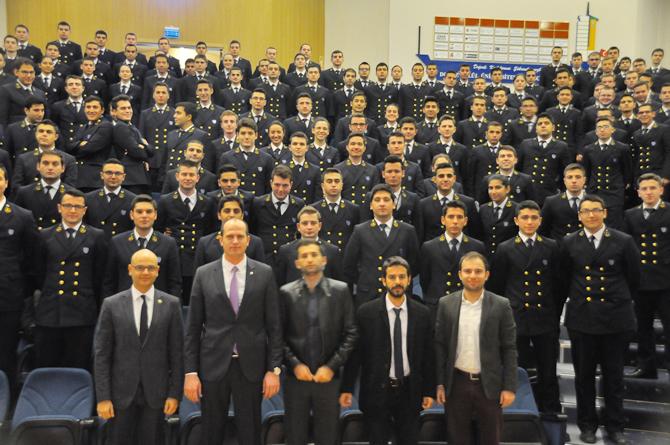 dokuz-eylul-universitesi-denizcilik-fakultesi-22.-kis-kariyer-gunleri-_9.jpg