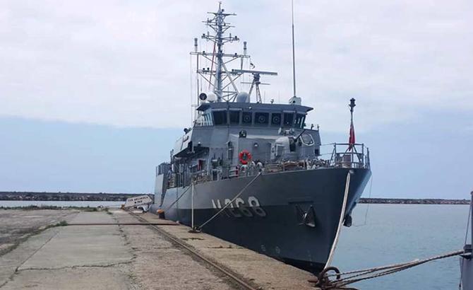 hopaportu_askeri_gemiler_ziyaret_etti_15.jpg