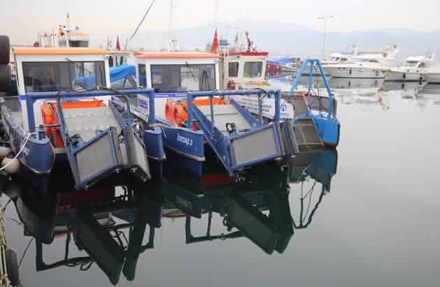 kocaeli'de-dort-yeni-deniz-supurgesi-hizmete-basladi.jpg