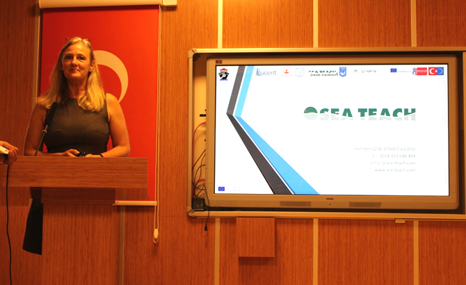 konferans_10.jpg