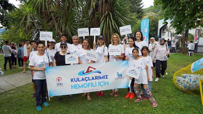 kulaclarimiz-hemofili-icin-dedi,-bogaz'i-yuzerek-gecti_2.jpg