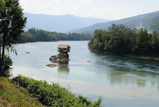 nehir_ev7.jpg