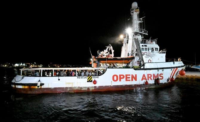 open_arms_1.jpg