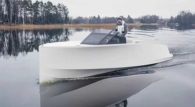 q30-isimli-tekne,-tamamen-sessiz-olarak-tasarlandi_1.jpg