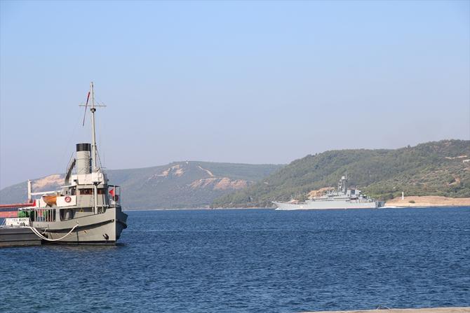 rus-askeri-gemisi-canakkale-bogazindan-gecti_3.jpg