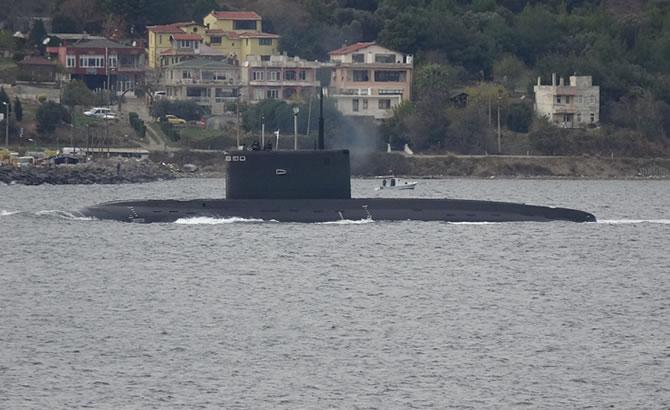 rus_denizaltisi_1-002.jpg