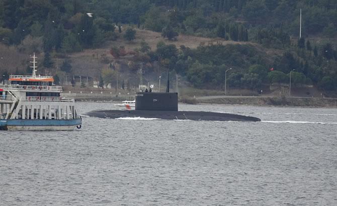 rus_denizaltisi_2-002.jpg