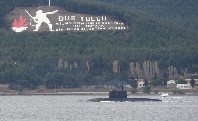 rus_denizaltisi_3-001.jpg