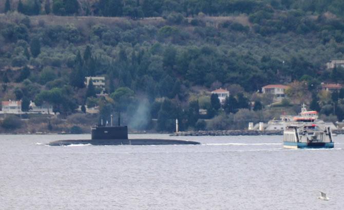 rus_denizaltisi_5.jpg
