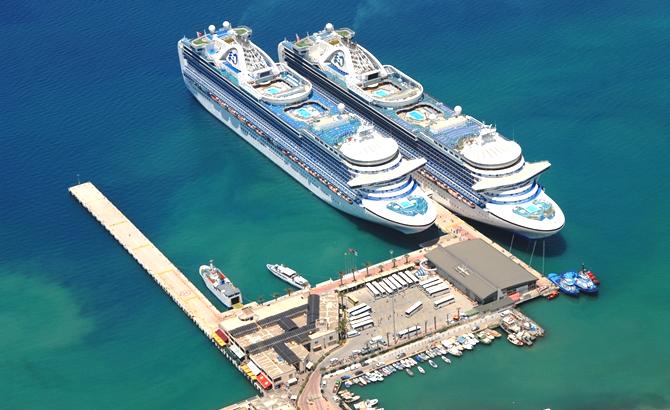 seatrade_cruise_global_2019_fuari_7.jpg