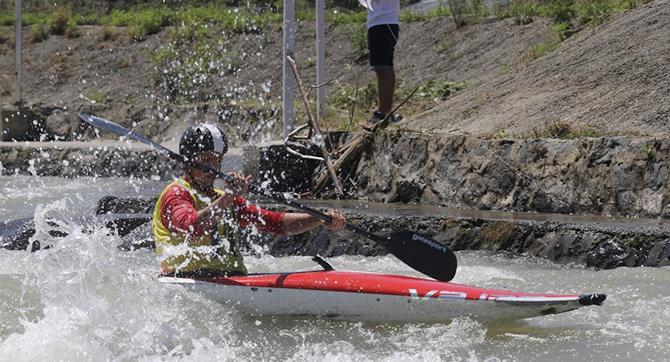 slalom2.jpg