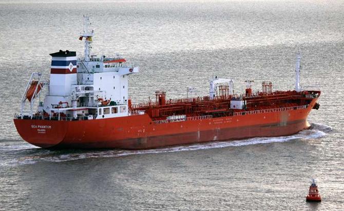 tanker-008.jpg