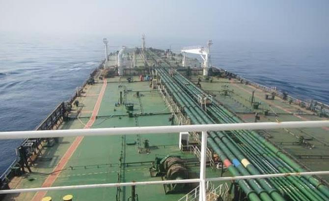 tanker_2-002.jpg